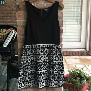 LUCKY BRAND Medium Black Ivory Dress Sleeveless V